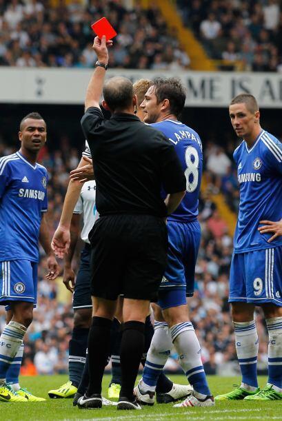 Hacia el final del partido Fernando Torres fue expulsado.