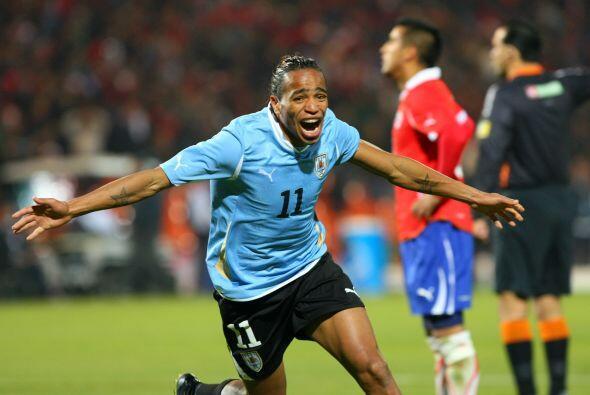La gran novedad es la capacidad goleadora de Alavaro Pereira. El jugador...