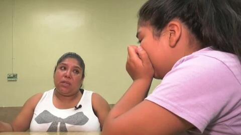 Madres inmigrantes preparan a sus hijos por si acaban siendo deportados...