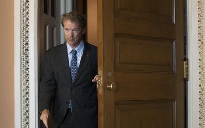 El senador republicano Rand Paul rechazó el proyecto de ley prese...