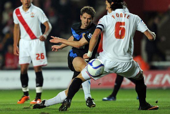 Hasta que apareció Michael Owen y anotó el empate.