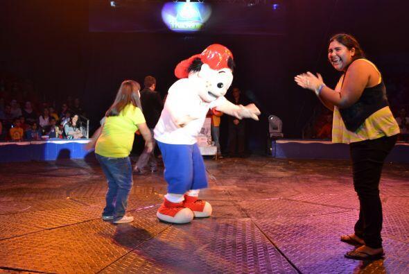 Por supuesto que también hubo bailoton y de eso se encargo Pepito.