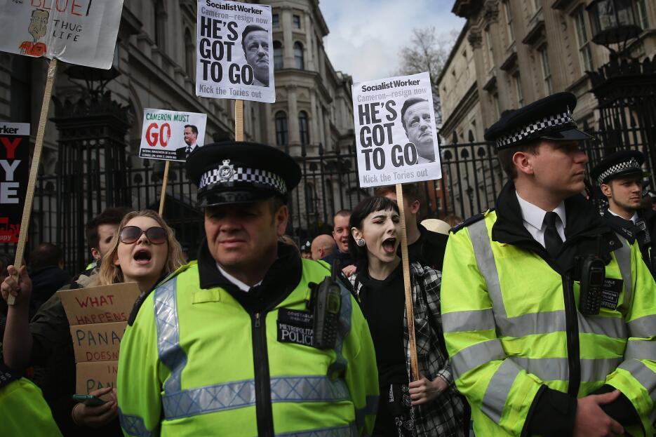 Protestan para pedir la dimisión de Cameron por los #PanamaPapers 8.jpg