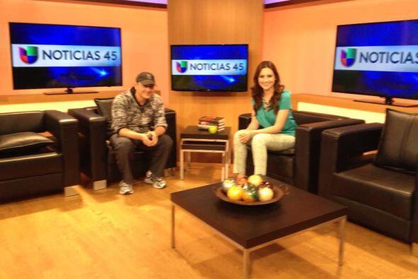 Michelle Galván aprovechó la visita de Elvis Crespo para probar sus habi...