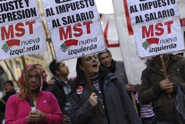 Las demandas formales de la huelga son derogar el Impuesto a las Gananci...