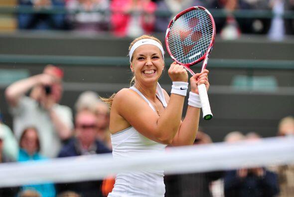 La verdugo de Serena Williams, Sabine Lisicki, no aflojó el paso en Wimb...