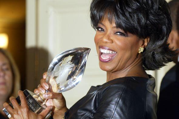 Ha recibido incontables premios y honores, como este People's Choice Awa...