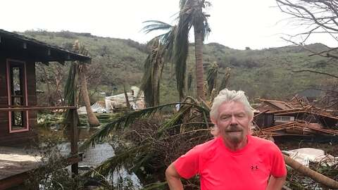 El millonario Richard Branson en la Isla Necker que posee en las Islas V...