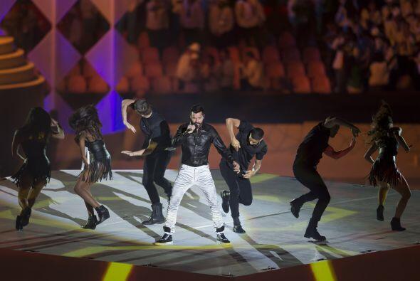 El cantante entonó 'Living la Vida Loca' y 'La Copa de la Vida'.