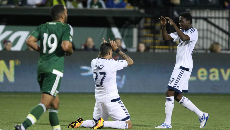 Blas Pérez celebra su primer gol con los 'Caps.