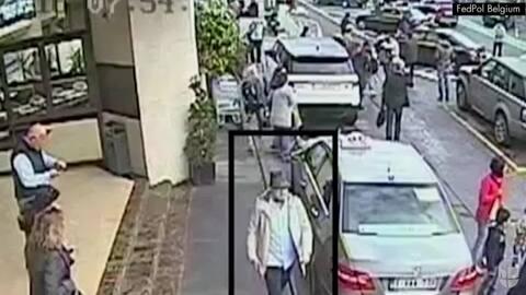 Policía belga publica un video de seguridad del tercer atacante del aero...
