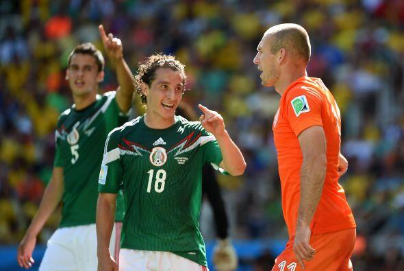 """""""Valencia lo tiene considerado y el (Bayer) Leverkusen está analizando s..."""