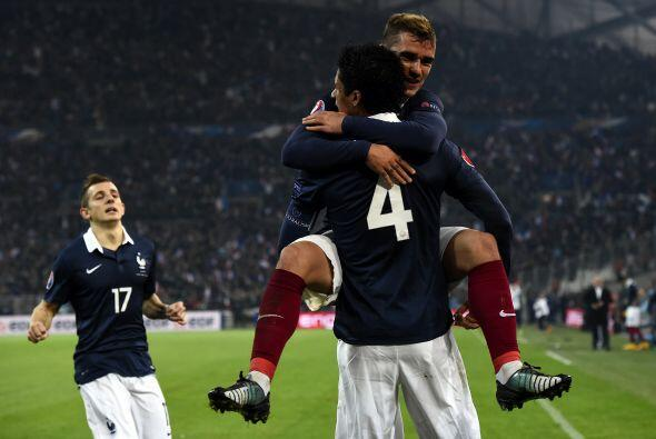 Francia enfrentó a Suecia en un partido muy reñido.