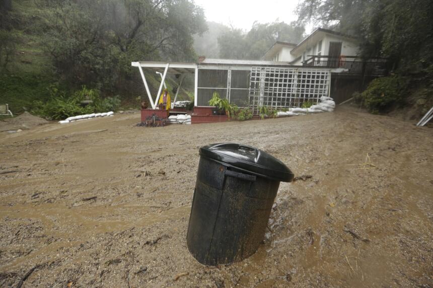 Tormentas no dan tregua en el sur de California tormenta4.jpg
