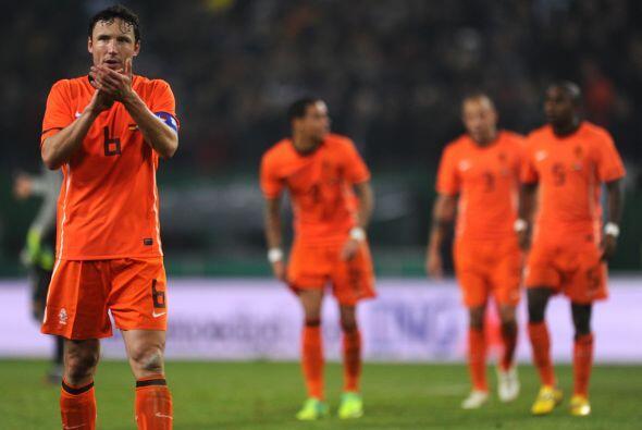 Dura derrota de los holandeses por 3-0, que no podían creer lo sucedido.