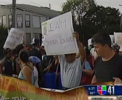 Los jornaleros mexicanos parecen ser el principal blanco. Los agresores...