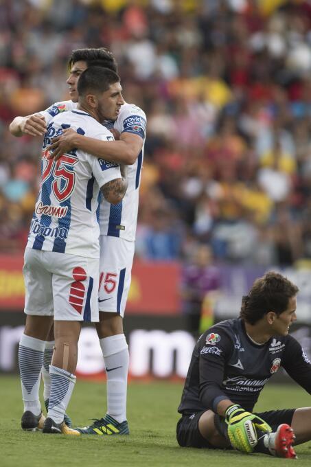 Víctor Guzmán comanda victoria de Pachuca sobre Monarcas 20170818_5210.jpg