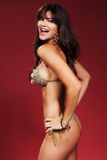 """""""Entre más pequeño mejor"""", parace decir esta chica al referirse al bikini."""