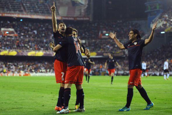 El delantero Adrián convirtió el 1-0 que parecía ma...