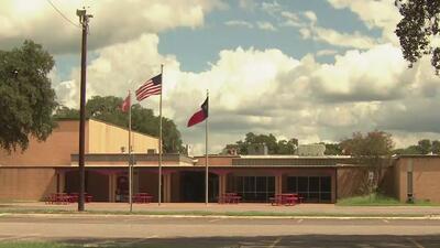 Una amenaza obliga a la cancelación de clases para al menos 1,500 estudiantes en Texas