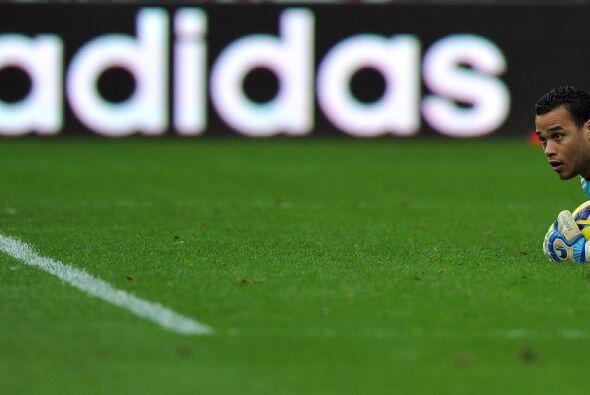 El portero holandés Michel Vorm, del Swansea, hizo su trabajo a la par d...