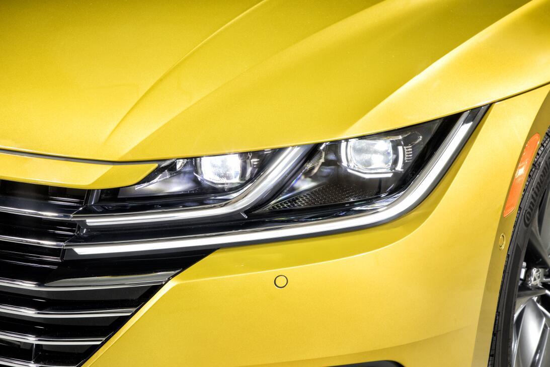 Este es el nuevo Volkswagen Arteon 2019 en imágenes 180204-vw-arteon-244...
