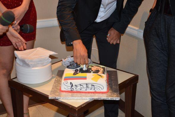 Un pastel espectacular que encantó al Festejado pues le recuerda a su pa...