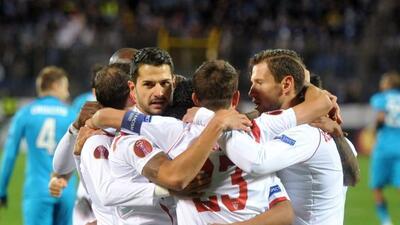 A falta de seis minutos para el final, un gol de Gameiro le dio el pase...