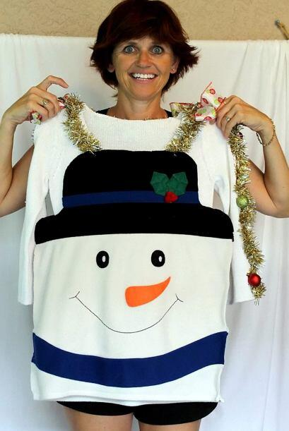 Los suéteres son hechos a mano, pero la demanda que consiguió Deb en eBa...