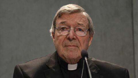 El cardenal George Pell durante una comparecencia ante los medios de com...
