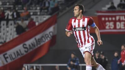 Estudiantes de La Plata ganó y se acerca a la Copa Libertadores