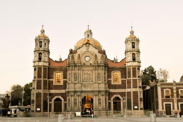 En los años 70 la antigua Basílica se encontraba deteriora...