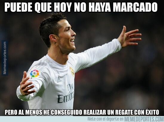 Los memes del triunfo del Madrid en casa ante el Napoli MMD_981458_algo_...