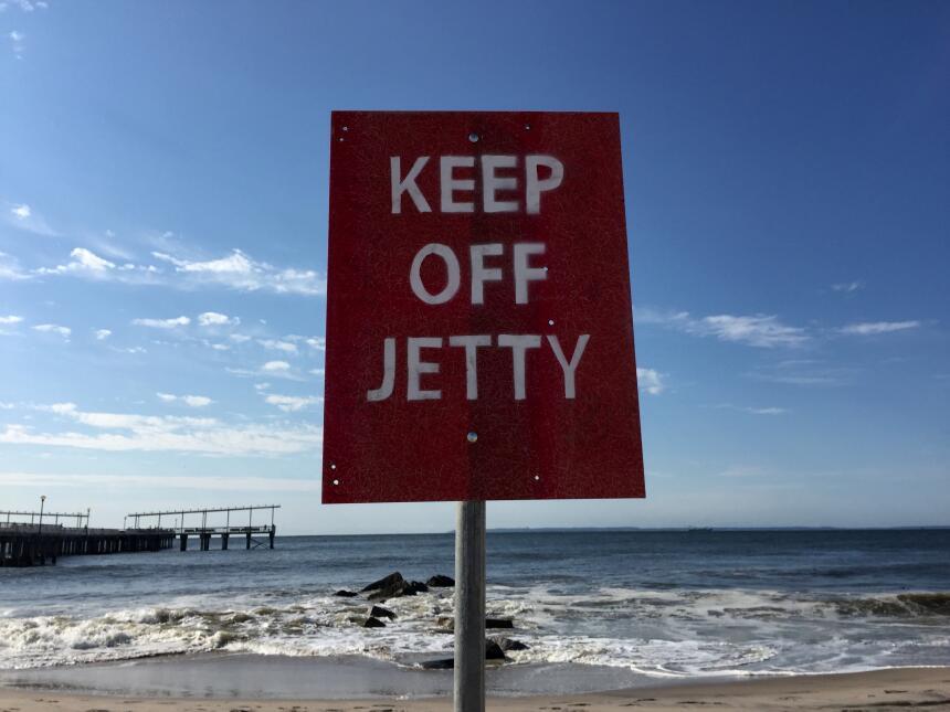 Hasta el momento la advertencia más importante es no meterse al mar a pa...