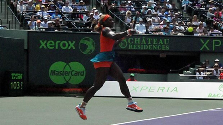 Serana Williams solo necesitó dos sets para vencer a Maria Sharapova.