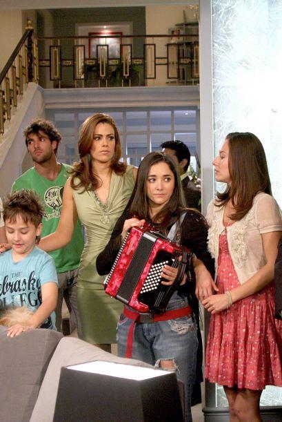 """En el 2011 con """"Una Familia Con Suerte"""", Sherlyn se volvió a ganar el ca..."""