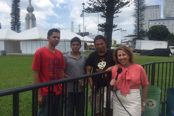Norma Roque viajó hasta su natal El Salvador para mostrarnos todos los p...
