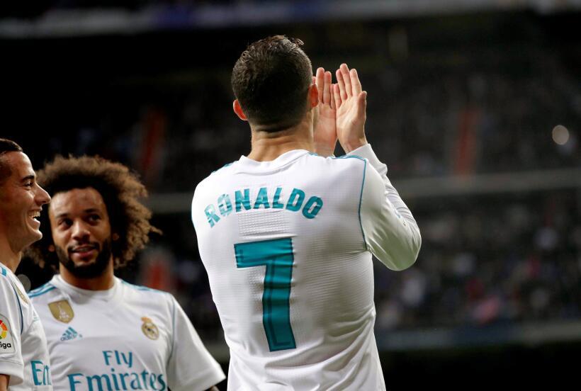 En un emocionante partido, el Real Madrid ganó con goles de Karim...