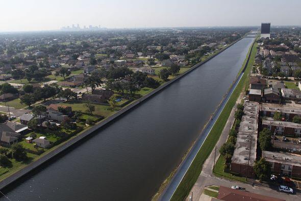 """""""Esto podría soportar la crecida del huracán Katrina..."""
