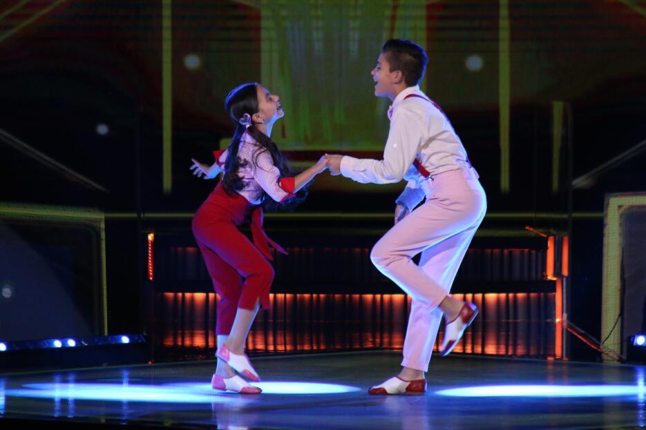 Ximena y Ray baile del tercer show de Pequeños Gigantes