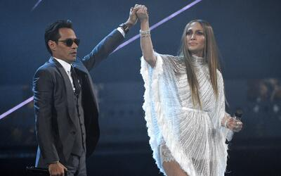 "Marc Anthony y Jennifer López interpretan ""Olvídame y..."