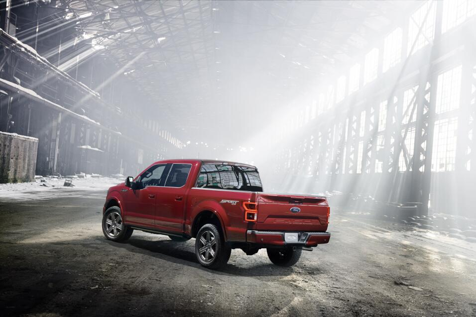 Prueba: Ford F-150 2018 18FordF150_02_HR.jpg