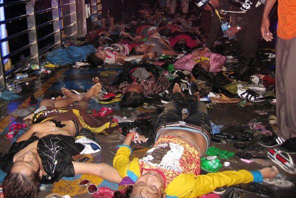 En nombre del gobierno camboyano, el premier Sen envió condolencias a lo...