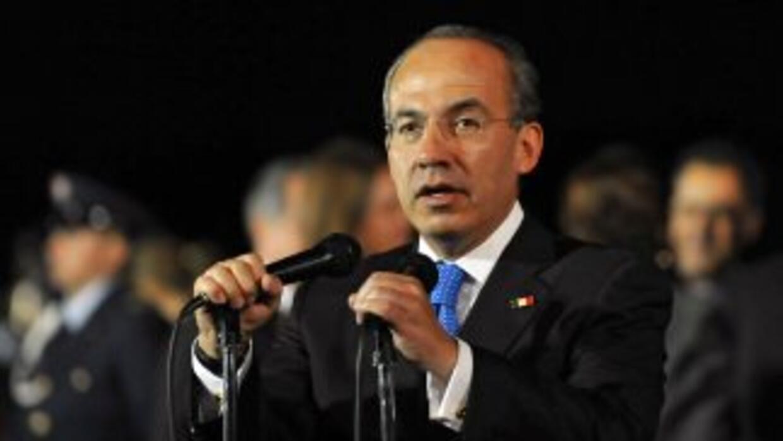 El presidente Felipe Calderón anunció medidas para combatir lavado de di...