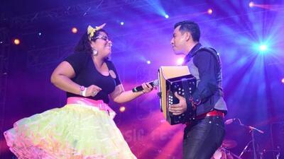 La Santa Cecilia performance at H2O
