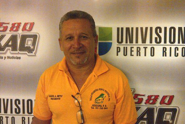Miguel Ortiz presidente de la Asociación de Pescadores de Guayama objeta...