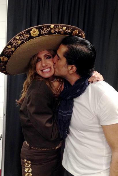 Lili Estefan llegó de sorpresa a los ensayos de Alejandro Fernández y de...