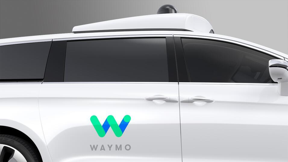Chrysler Pacifica híbridas de Waymo