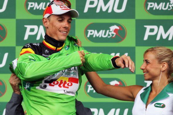 Por su parte, Phillip Gilbert también celebró al llevarse el suéter verd...