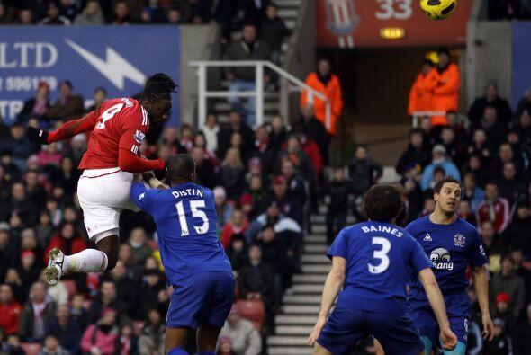 Stoke City superó claramente al Everton y lo venció 2 a 0.